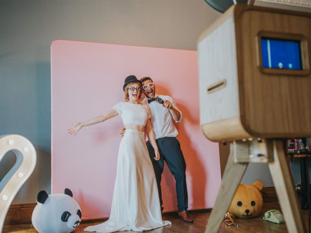 Inspirasi DIY Photo Booth Wedding Dari Tokofoto
