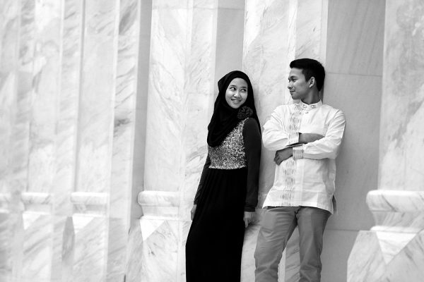 black-and-white-prewedding-photo
